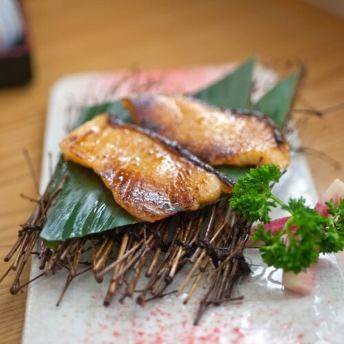 japanese-style-teppanyaki-roasted-cod-fish-LYN7HMW